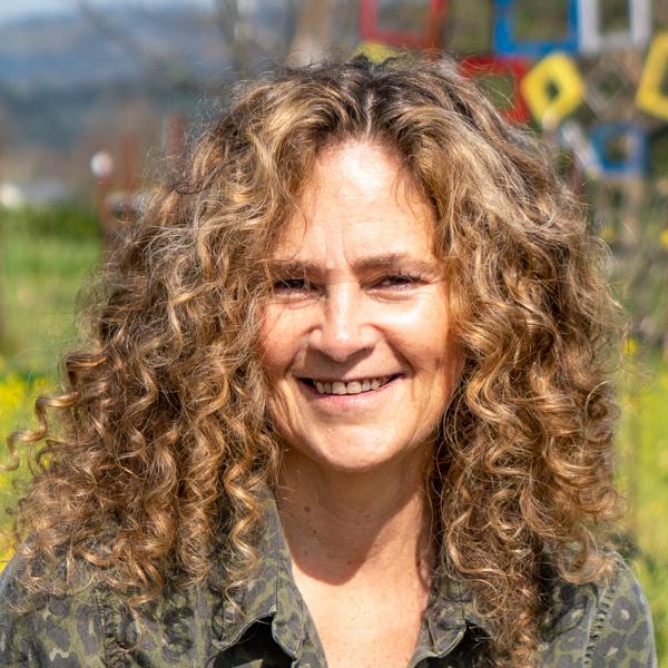 Stephanie Putnam, Raymond Vineyards